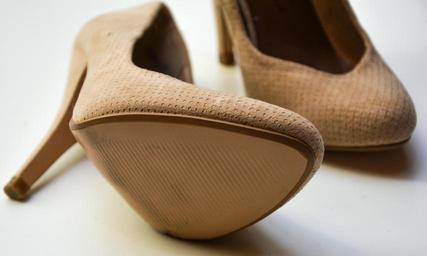 how to make heels quieter